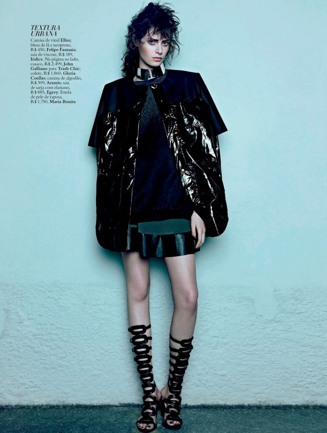 Thairine Garcia by Paulo Vainer (Estrutura Militar - Harper's Bazaar Brazil April 2013) 5